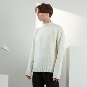 우니베르소 UNIVERSO - SQUARE LOGO HALF NECK KNIT-WHITE
