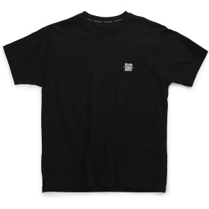 뮤닌스테이션 MUNINNSTION - QR PRINTING TEE [BLACK]
