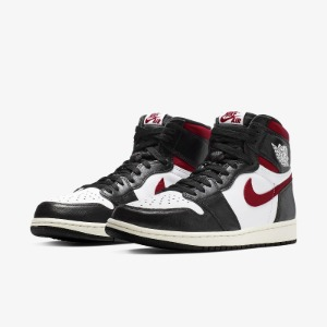 *국내배송* 나이키 조던 1 Nike Air Jordan 1 Retro High Black Gym Red
